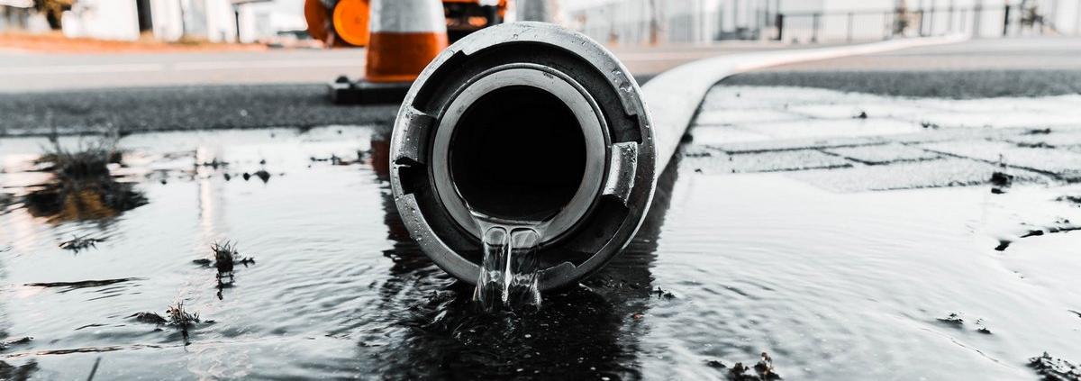 Jak i co ile wykonać próby ciśnieniowe węży hydrantowych?